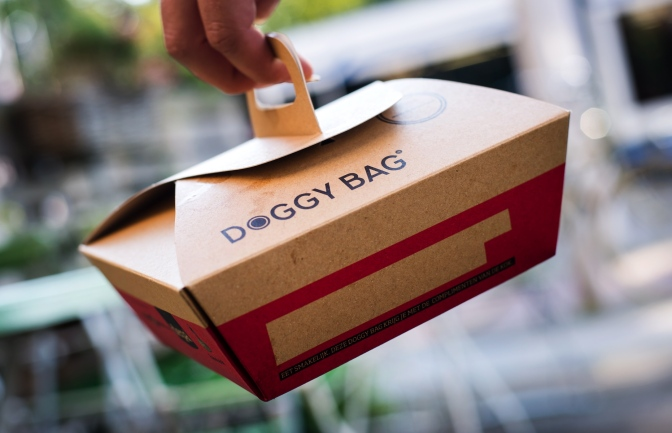 Le doggy bag obligatoire – Actus